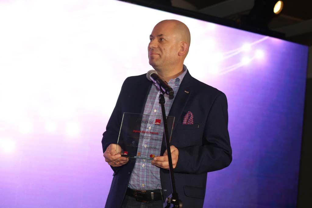 Marcin Pietrzak wręczenie nagród e-gazele-2019 organizatorzy konkursu e-gazele Biznesu-2019